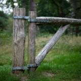 Kastanjehout slagboom draaipoort 400cm scharnierend